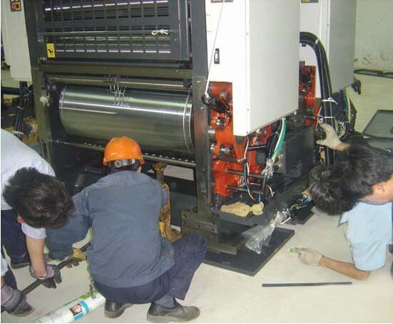 印刷机吊装搬运