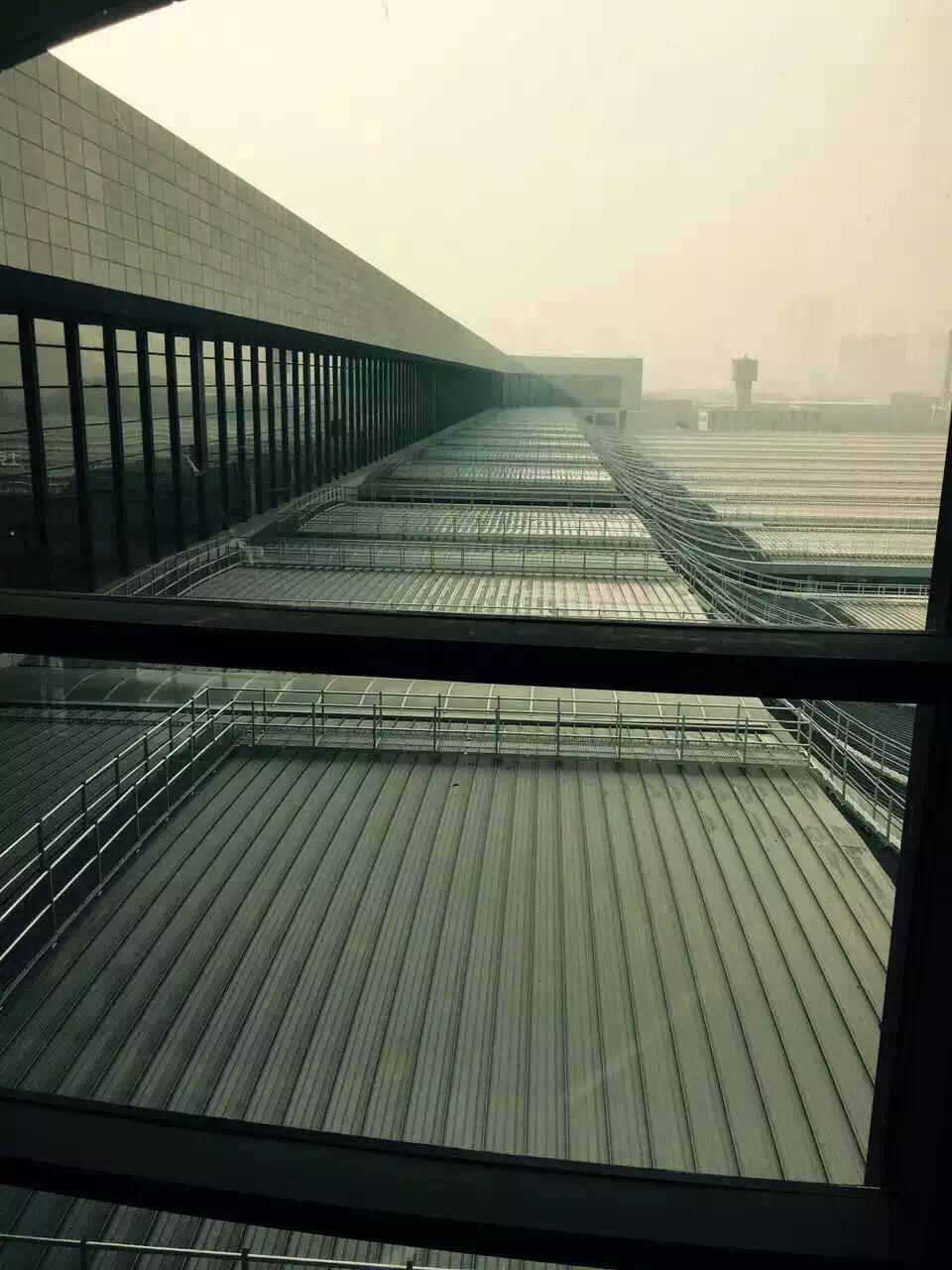 兰州西高铁站金属屋面-1