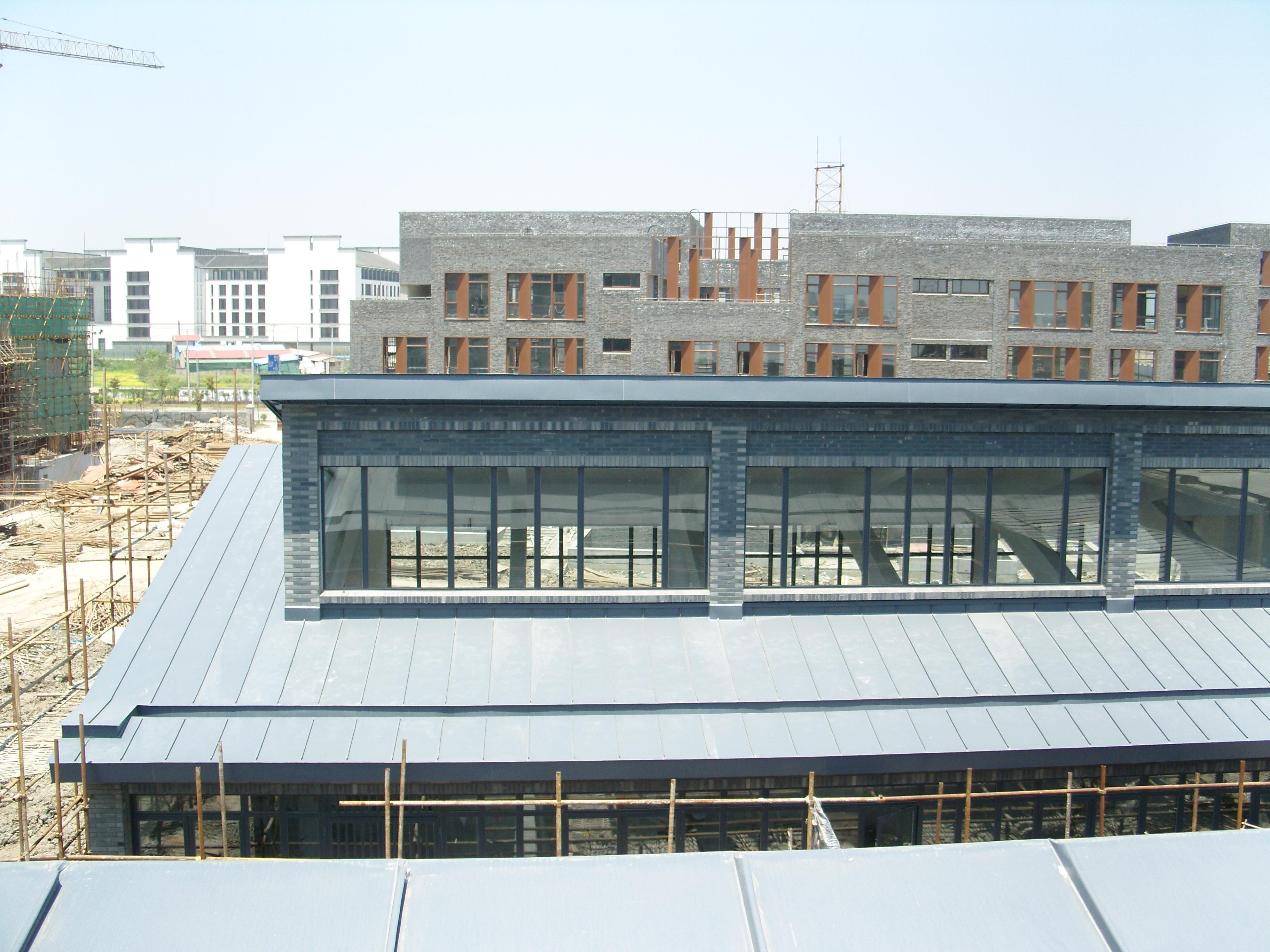 上海浦东奥克斯空调金属屋面