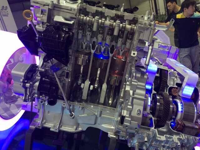 丰田混动演示模型3