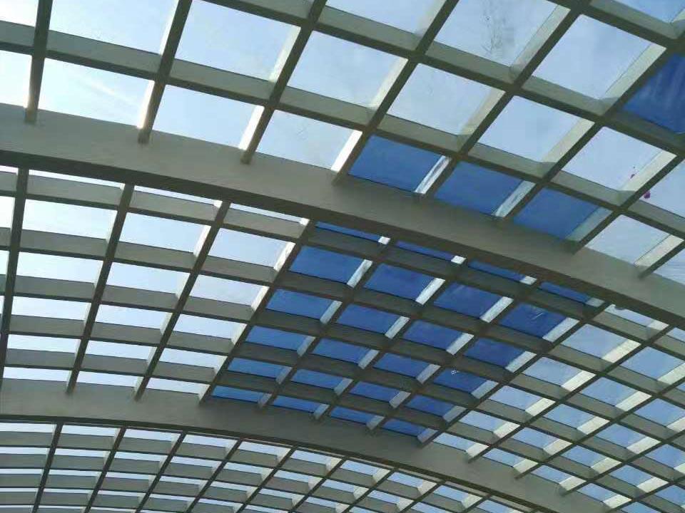 商业建筑阳光顶棚贴膜
