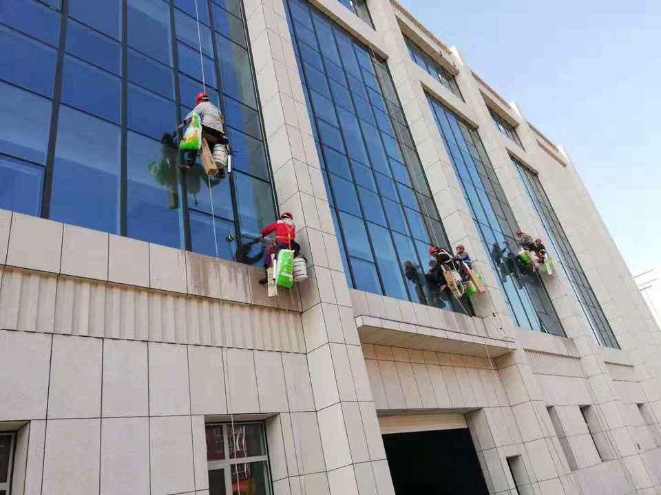 建筑玻璃外贴防爆膜
