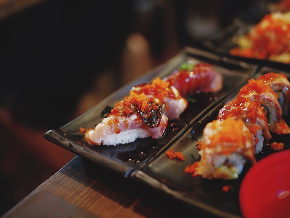 火炙三文鱼寿司