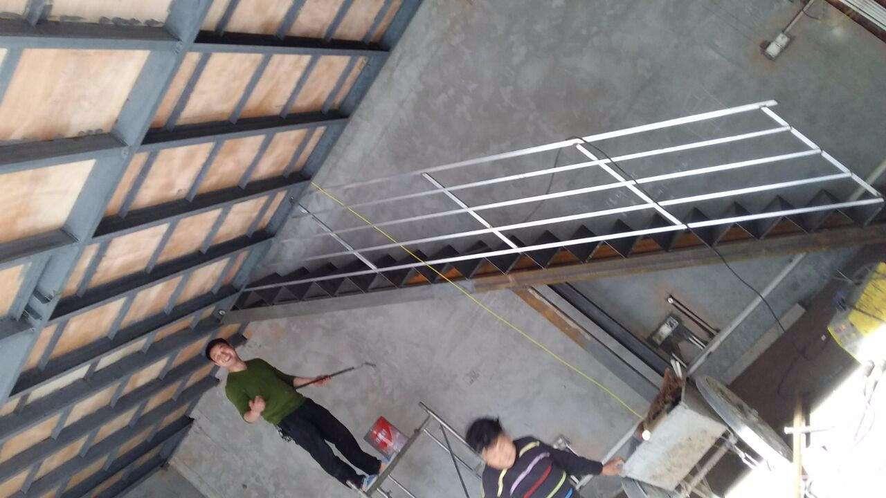 青岛消防疏散楼梯钢结构楼梯制作公司